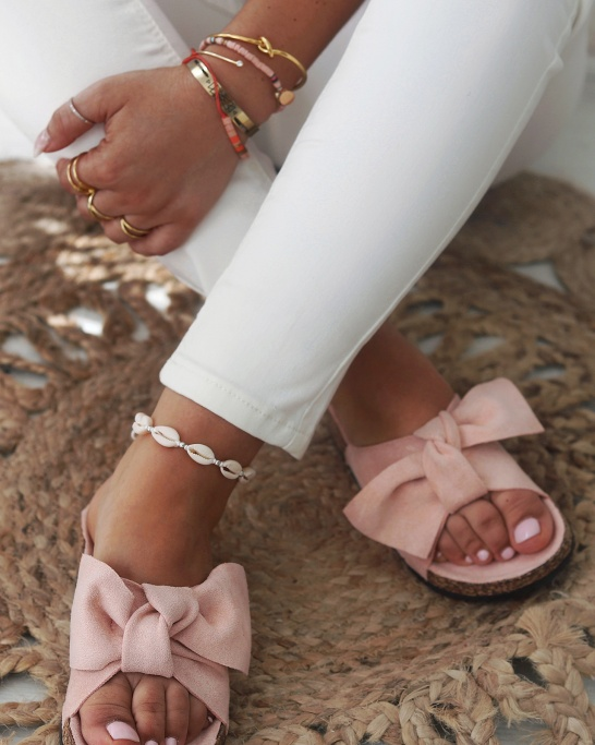 CHINELO FLUFFY THERAPHY V.II ROSA