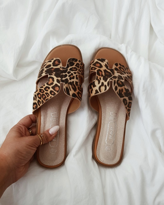 CHINELO 'SASSY' IN LEOPARD - PELE