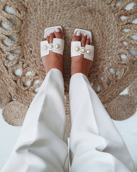 CHINELO 'PLAIN' IN BEIGE