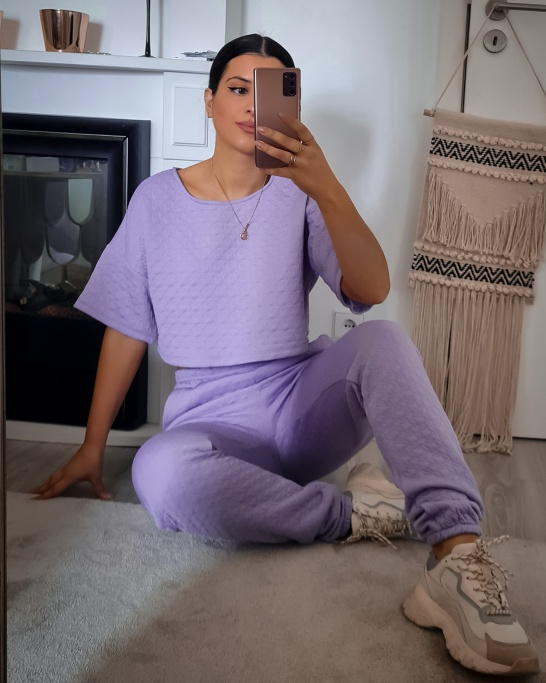 TRACKSUIT WITH RELIEF IN LILAC